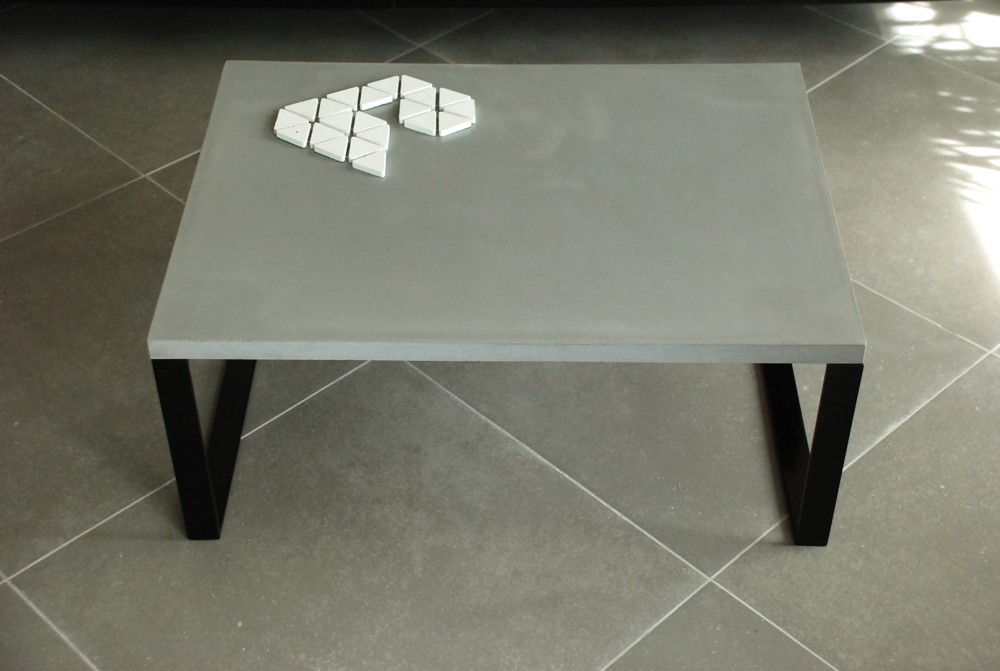 Table basse beton mineral for Table design javascript