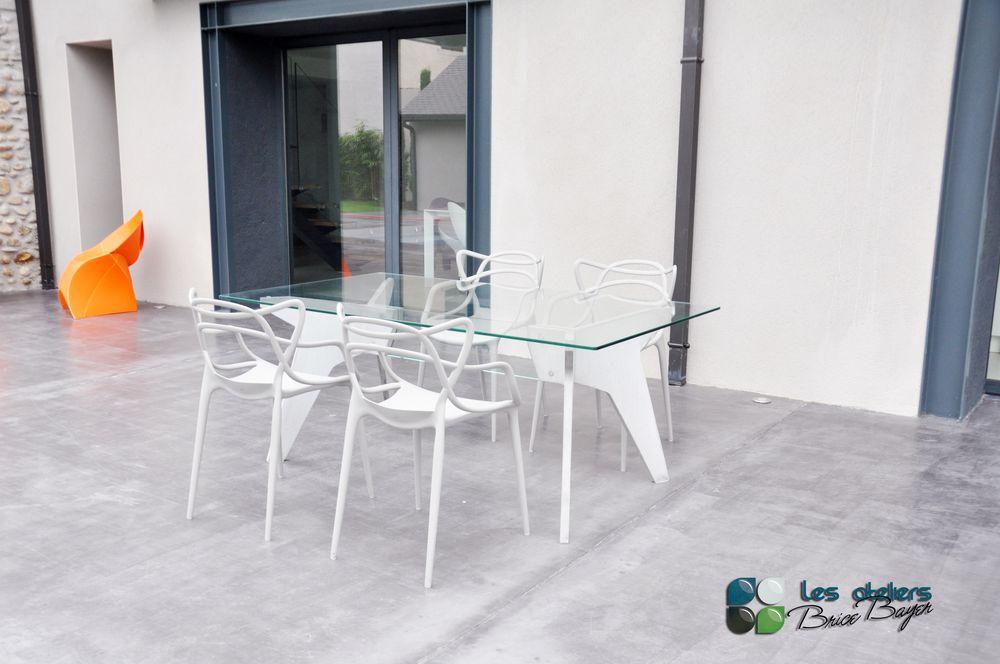 les ateliers brice bayer tables et bureaux vertigo. Black Bedroom Furniture Sets. Home Design Ideas